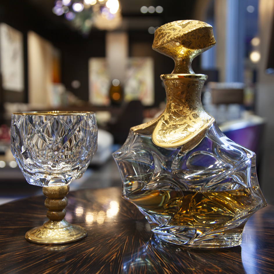 Showroom - Accessories - Decanters and Wine Glasses