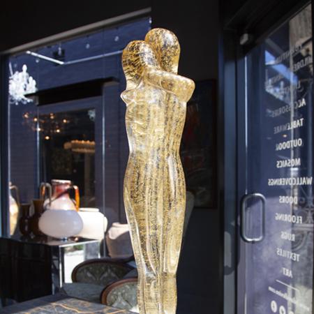 Showroom - Accessories - Objet d'art - Embracing Lovers in Gold